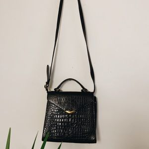 Vintage Nine West crossbody black leather purse